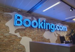 Alessandro Bonatti, HR Regional Manager Booking.com
